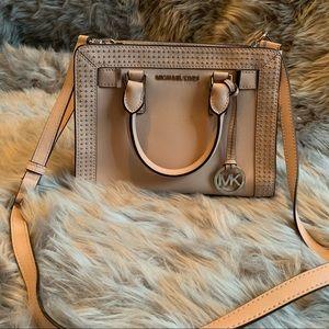 Blush pink Michael Kors purse 👛